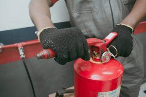 manutencao-extintor4-300x200 (1)