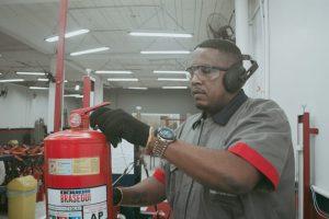 manutencao-extintor7-300x200